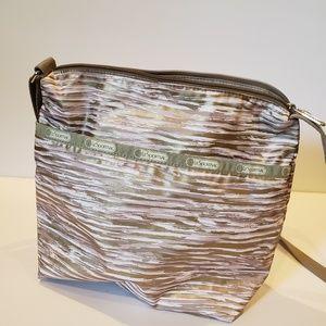 Le sportsac gold and white handbag